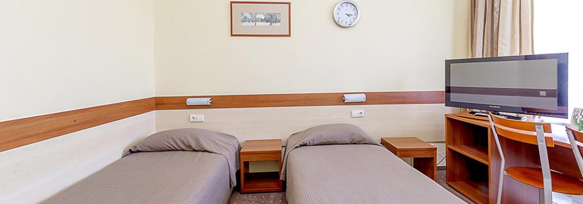 Dvivietis kambarys su 2 atskiromis lovomis
